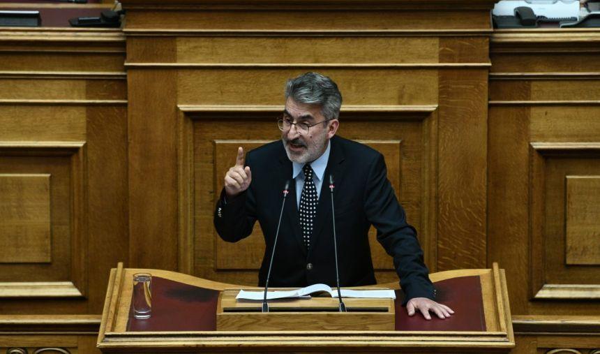 Θ. Ξανθόπουλος: Όχι στη πλήρη απαλλαγή των ΠΑΕ από την ευθύνη των οπαδικών στρατών σε περίπτωση επεισοδίων-Να χορηγηθούν voucher-εισιτηρίων σε ανέργους και πολύτεκνους φιλάθλους