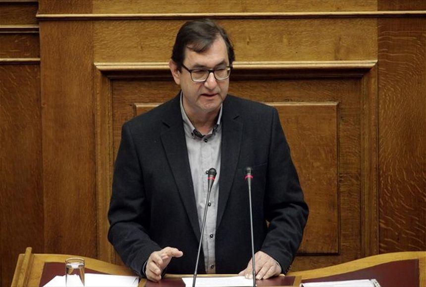 Χρ. Μαντάς: Με αυτό το νομοσχέδιο κόβεται ο ομφάλιος λώρος των σχέσεων του πολιτικού συστήματος - βίντεο
