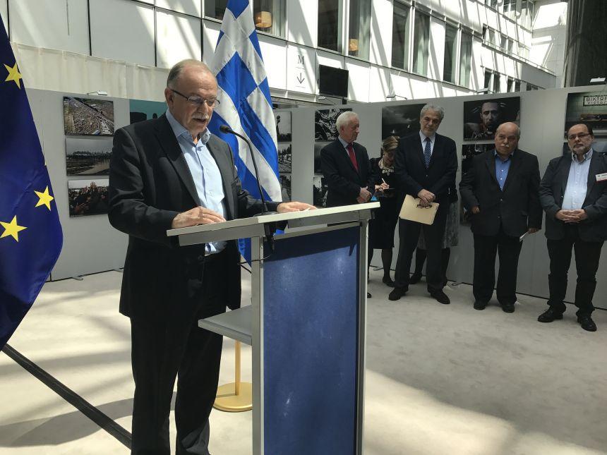 Δημ. Παπαδημούλης: Οι υπουργοί εκπροσωπούν εκτός συνόρων τη χώρα και η χώρα εκπροσωπείται με τη γραμμή της κυβέρνησης
