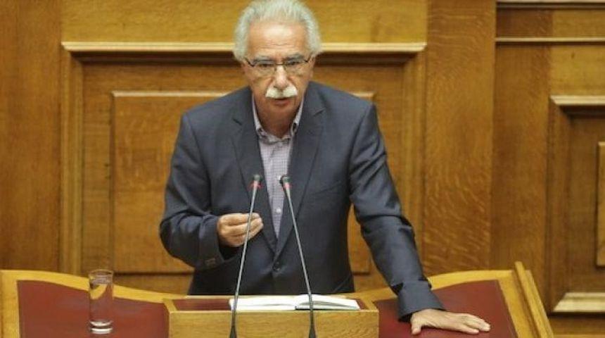 Κ. Γαβρόγλου: Προϋπηρεσία και ακαδημαϊκά προσόντα αντισταθμίζουν το θεωρητικό σκέλος του γραπτού διαγωνισμού