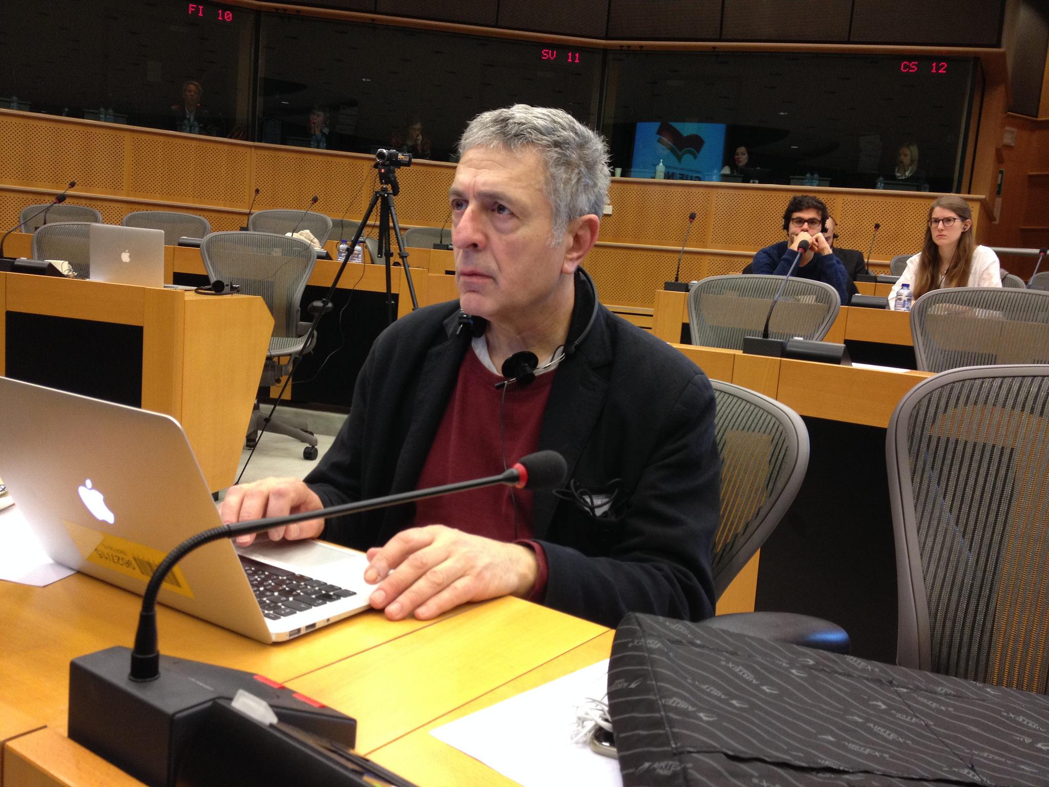 Στ. Κούλογλου: Είναι η μίζα στα καθήκοντα του ευρωβουλευτή;