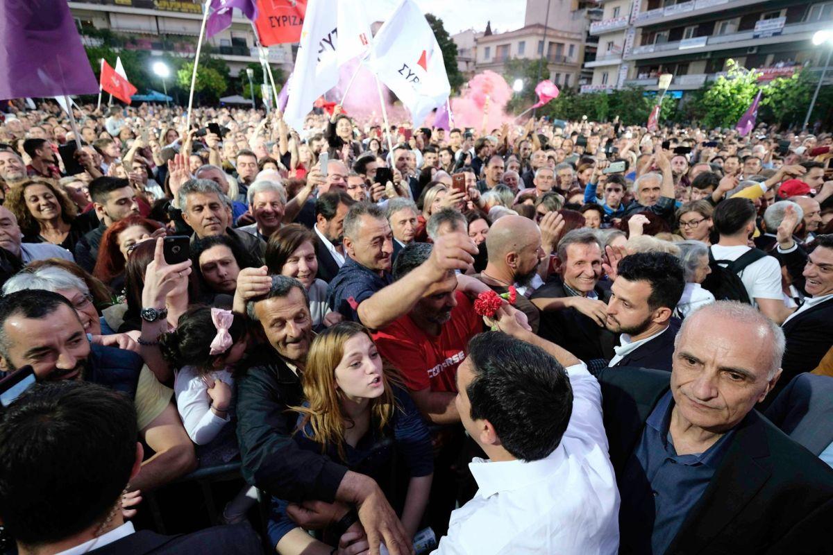 Αλ. Τσίπρας: Με τη φωνή και τη παρουσία του ο δημοκρατικός κόσμος στέλνει μήνυμα νίκης και προοπτικής
