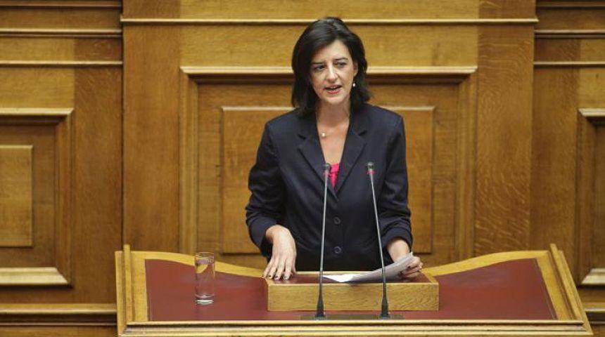 Φ. Βάκη: Είδηση ότι η ΝΔ δεν θα ψηφίσει την κατάργηση της μείωσης του αφορολόγητου - βίντεο