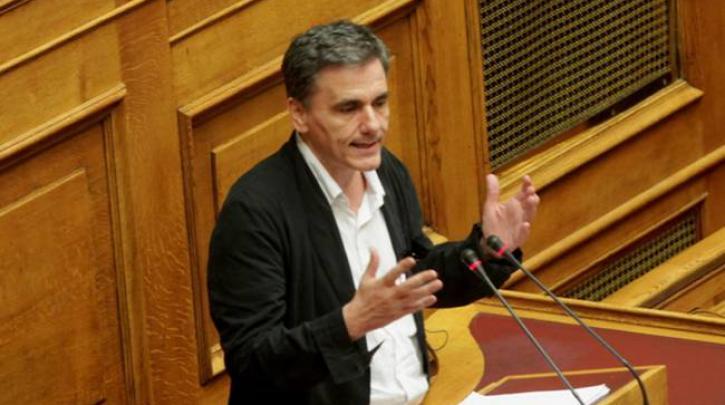 Ευ. Τσακαλώτος: Οι περιουσίες πάνω από 500.000 ευρώ και πάνω από ένα εκατομμύριο ευρώ δεν είναι μεσαία τάξη