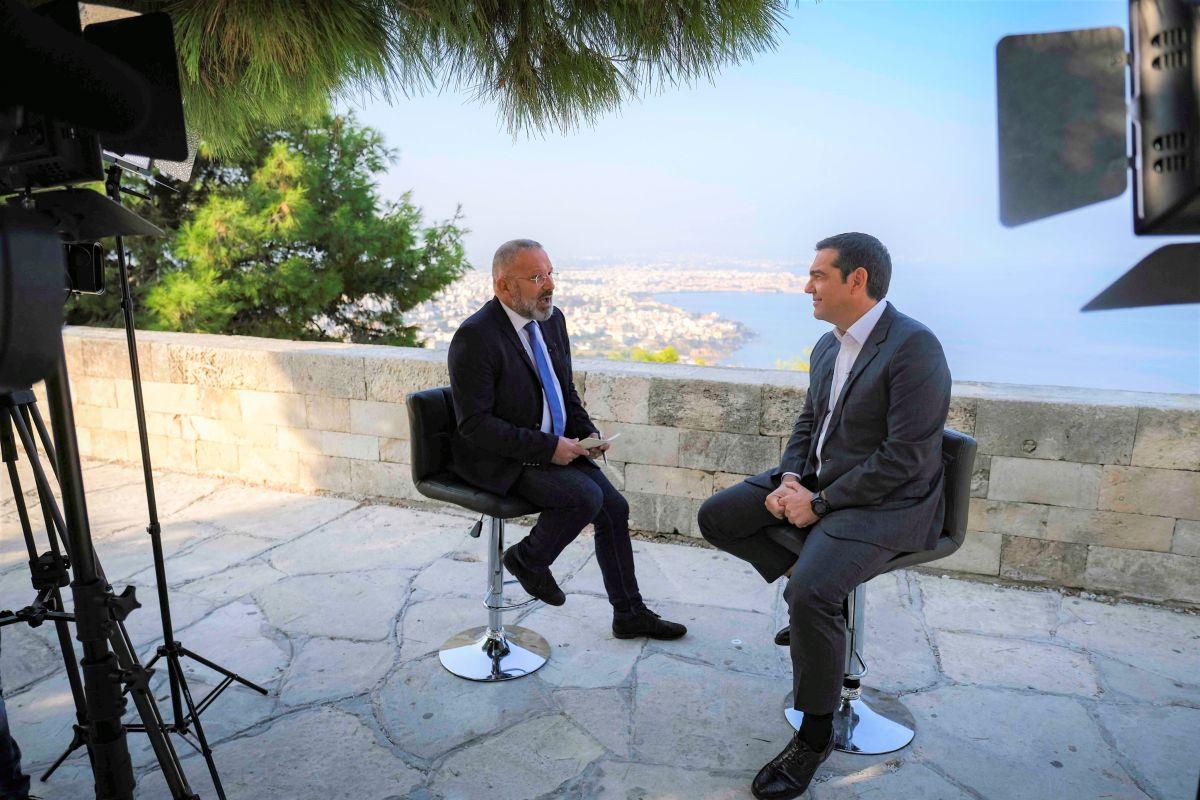 Αλ. Τσίπρας: Βασικός στόχος να δημιουργήσουμε τη μεγάλη δημοκρατική παράταξη της Αριστεράς