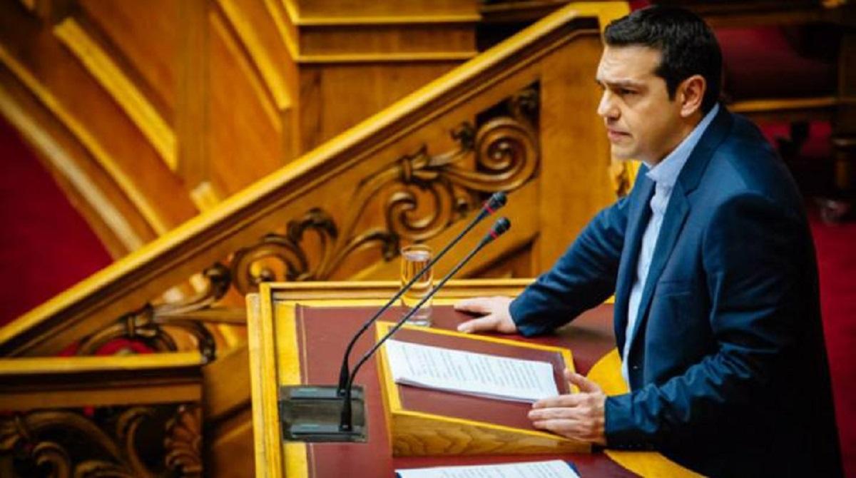 Αλ. Τσίπρας: Συνένοχος ο Κυρ. Μητσοτάκης αν δεν αποπέμψει τον Γ. Βρούτση για το φιάσκο της τηλεκατάρτισης - βίντεο