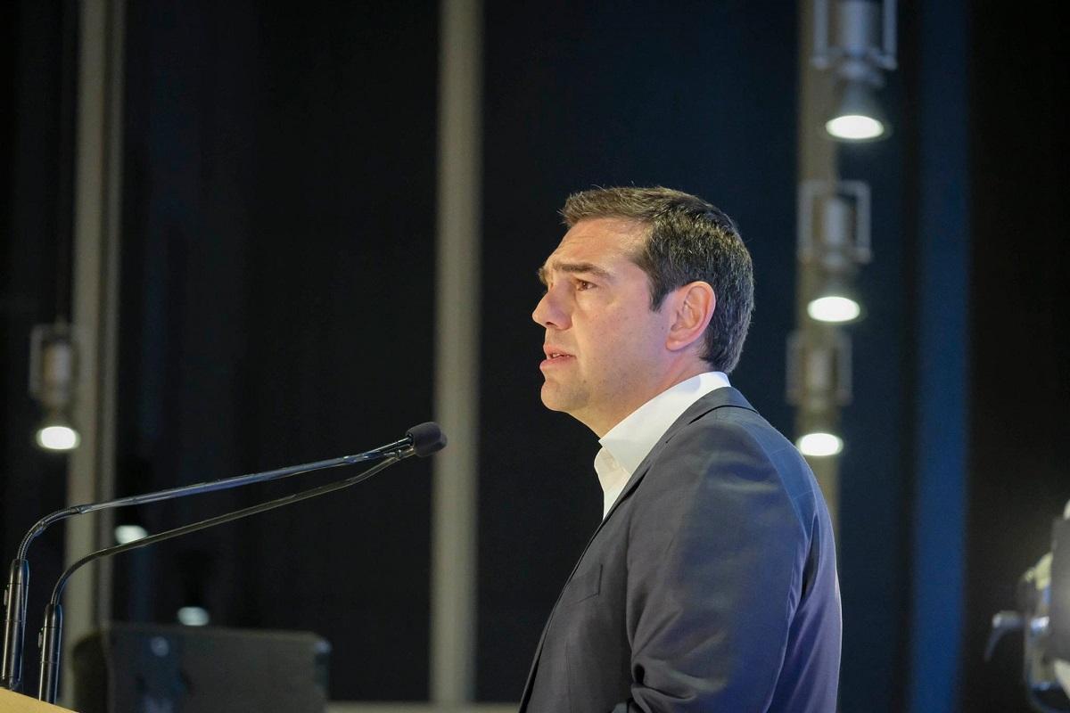 Αλ. Τσίπρας: Βαθιά ύφεση, περικοπές και μνημονιακές μεταρρυθμίσεις, ως αντάλλαγμα για επιχορηγήσεις που δεν αρκούν για ανάπτυξη και υψηλό δανεισμό που οδηγεί σε νέα κρίση χρέους