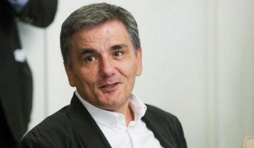 Ευκλ. Τσακαλώτος: Ο κ. Πατέλης μας ενημερώνει κυνικά ότι θα σταματήσουν να δίνουν χρήματα στους ηλικιωμένους